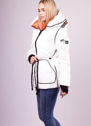 Куртка короткая белая