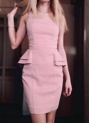 Элегантное и нежное платье с баской розовое нюдовое h&m
