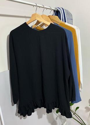Чорна блуза з рюшами       розмір –  l - xl