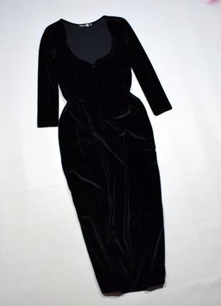 Чорне бархатне плаття міді