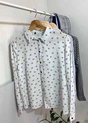 Біла рубашка з принт бджілки склад - віскоза розмір - s