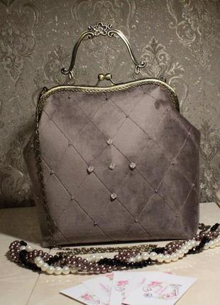 Бархатна сумка з ручною вишивкою бісером