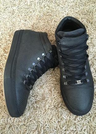 Ботинки nubikk