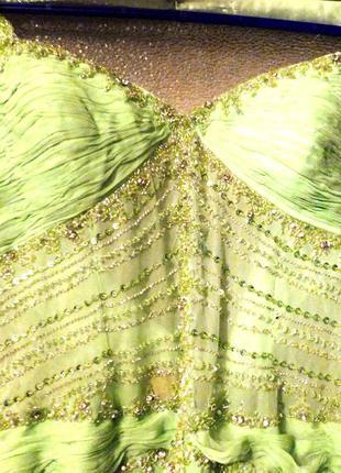 Платья, нарядные, вечерние со стразами..разные расцветки.