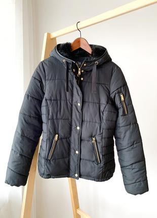 Зимова куртка з капюшоном clockhause