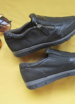 Новые качественные туфли,мокасины,кожаная массажная стелька,р.36,вьетнам,сток