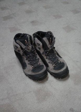 Ботинки трекинговые