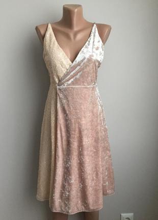 Платье бархатное с пайетками