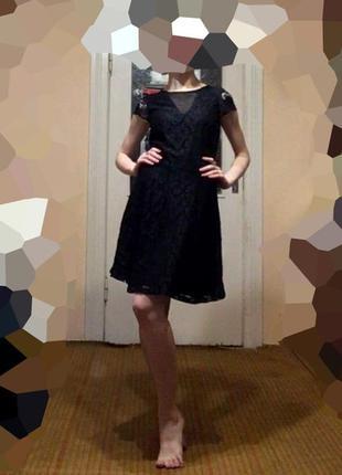 Плаття гипюрове чорне з вставками сітки