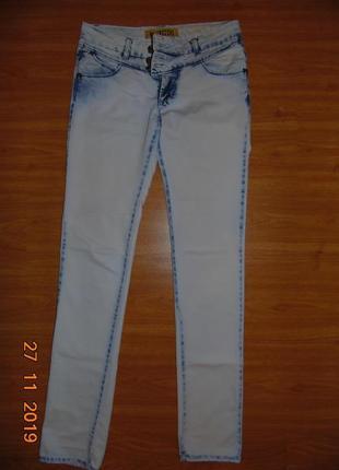 Супер джинсы на весну-лето р.27