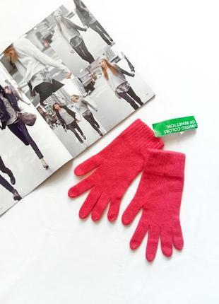 Лососевые перчатки benetton с биркой