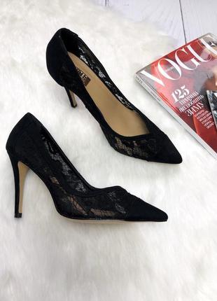 Шикарные туфли с кружевом atm