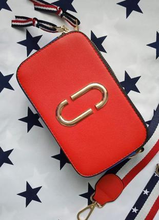 Маленькая женская прямоугольная сумка в стиле марк джейкобс красная