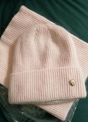 Молодёжный комплект шапка и бафф пудра