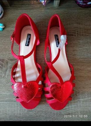 Яркие красные 🔥 босоножки/сандалии balada