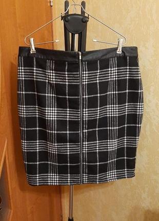 Стильная тёплая юбка с молнией и кожей 20 размер