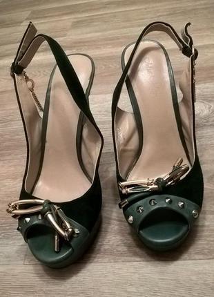 Босоножки , туфли зеленые золотые