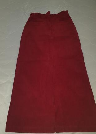 Длинная юбка гранатового цвета
