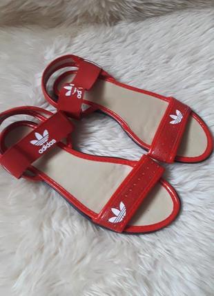Босоножки adidas 39 размер