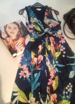 Платье в пол с цветочным принтом размер м.1027