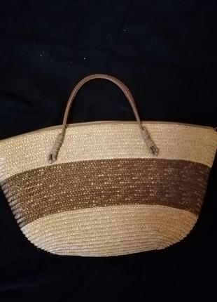 Соломенная маленькая сумка