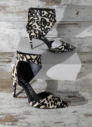 Невероятные босоножки туфли calvin klein