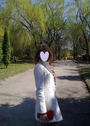Шикарне пальто naf-naf xs