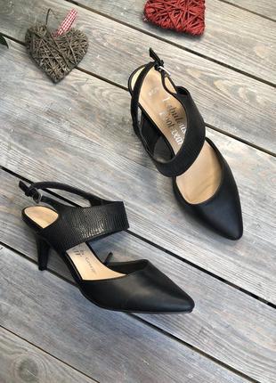 George кожаные туфли на небольшом каблуке босоножки с закрытым носочком