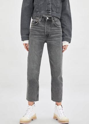 Якісні джинси zara straight -38