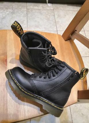 Ботинки drmartens. новые!