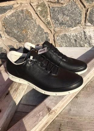 Оригинальные женские кроссовки ecco