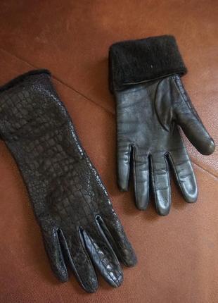 Зимние перчатки из натуральной кожи и меха