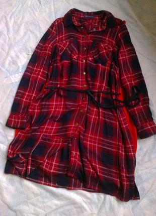 Тёплое платье-рубашка в клетку.
