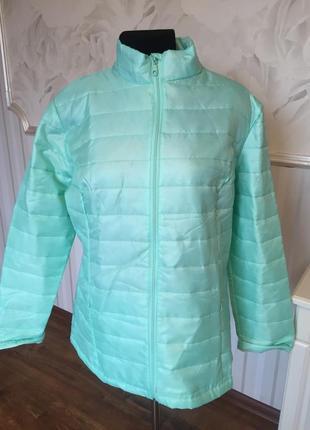 Супер легкая мятная курточка размер  48-50 (18/20 uk).