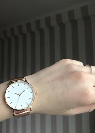 Часы rose gold