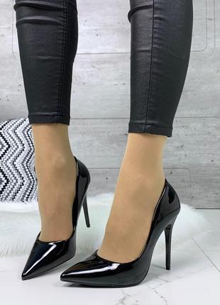 Шикарные лаковые туфли на каблуке,чёрные лаковые туфли лодочки на шпильке