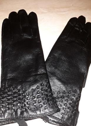 Перчатки кожаные на шерсти