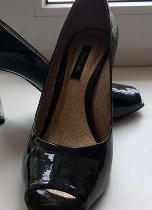Красивые туфли dumond