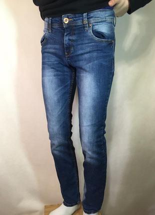 Зауженные джинсы s.oliver