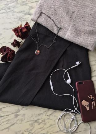 Чёрная юбка от missiguided приталенная