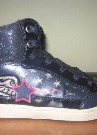 Ботинки (кроссовки) geox р.33
