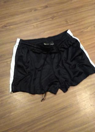 Спортивные шорты размер м mek gear
