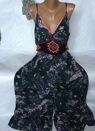 Шикарный крутой  легкий комбинезон платье для отдыха