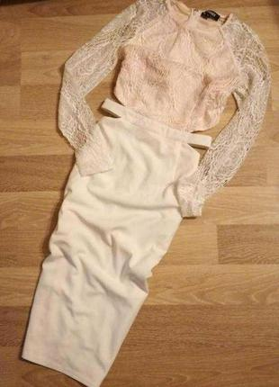 Невероятное элегантное,нежное платье миди с кружевной отделкой и вырезами