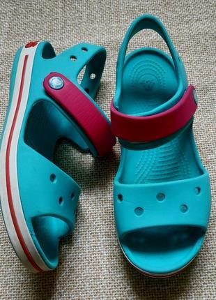 Босоножки crocs для девочки