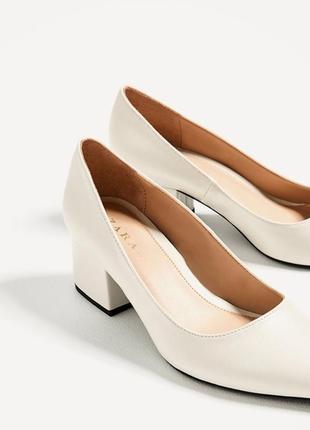 Туфли лодочки на широком среднем каблуке коллекция 2019 zara trafaluk