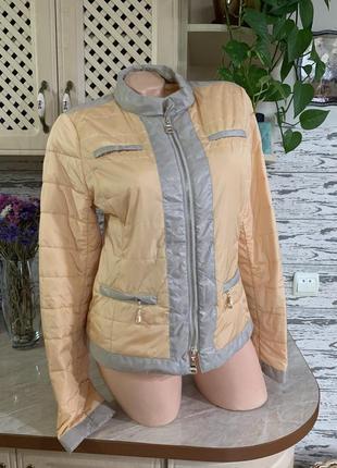 Стильная фирменная куртка пиджак