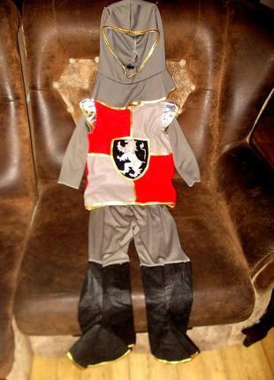 Маскарадный костюм для рыцаря на 3-4 годика