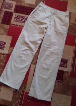Стильные котонновые укороченные брюки
