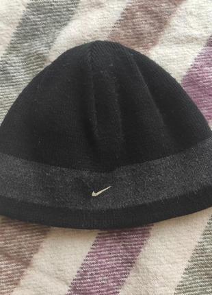 Отдам даром детскую (подростковую) зимнюю шапку